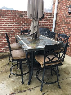 Very High Quality, Slate-Top, 6-Chair, Outdoor Umbrella Table