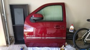chevy tahoe door