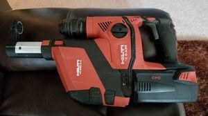 Rotary drill Hilti tiene el vaccum Perfora perfectamente pero tiene 1 ruido en el hammer creo que es 1 empaque