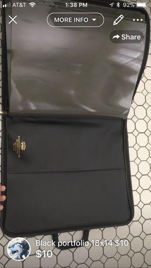 Black portfolio 18 x 14 W/ zipper and 10 double sided sheets