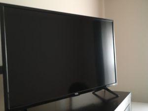 """28"""" Smart TV"""