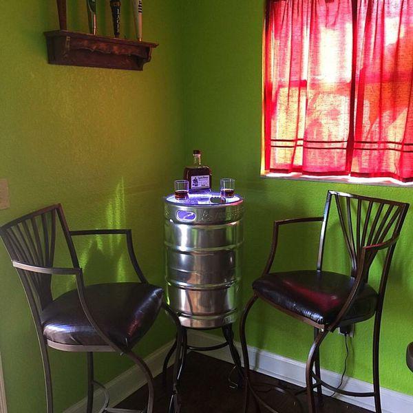Custom Beer keg table with light (Furniture) in Seffner, FL