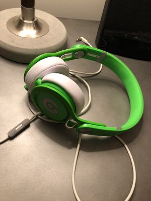Beats mixr David Guetta $100 without package