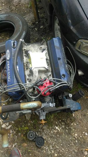 Mustang 5.0 engine