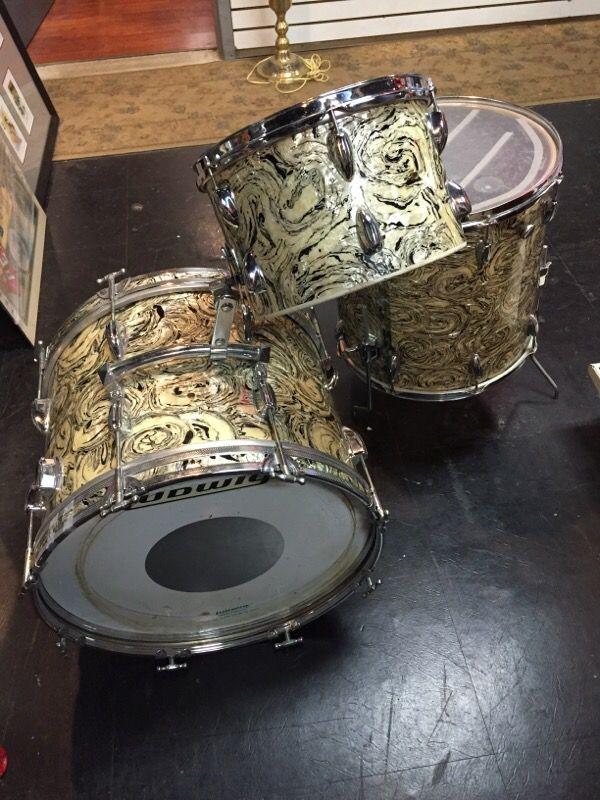 Vintage Japanese Drum 114