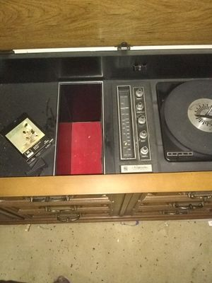 Magnavox solid state 8track record player and radio entertainment center