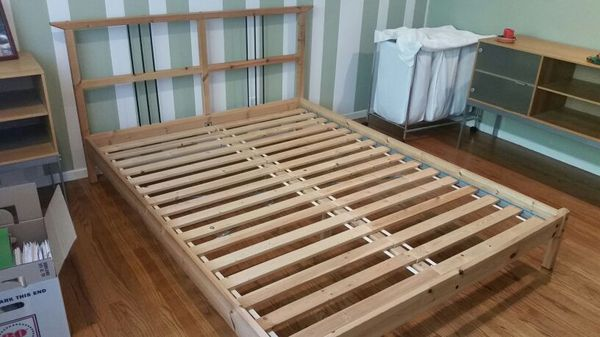 all wood bed frame queen size with spring mattress and box spring - Queen Bed Frame And Box Spring