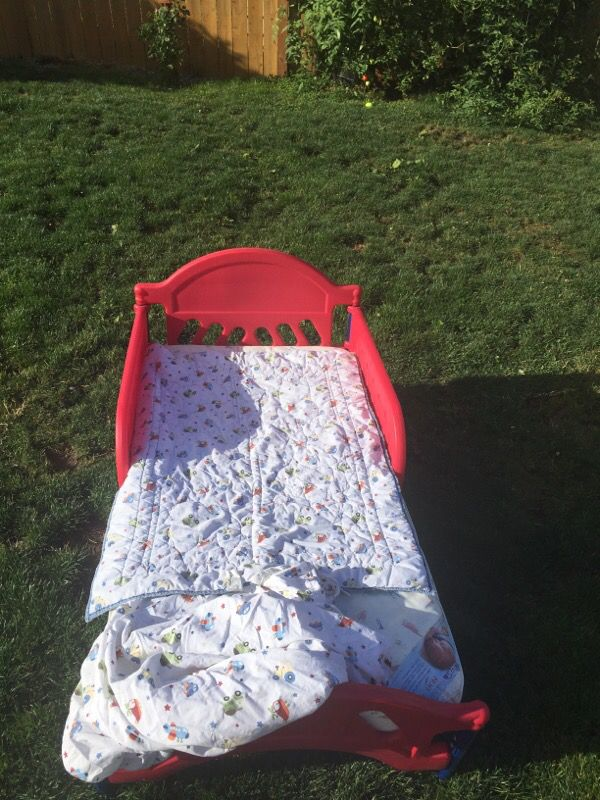 Toddler Bed With Mattress And Sheets Included Baby Amp Kids