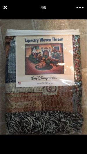 NEW Mickey Mouse and friends throw blanket