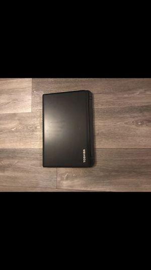 Toshiba - Satellite 15 in laptop