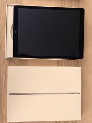 """Combo: iPad Pro 12.9"""" 128GB, iPad Cover, iPencil, iPencil Cover"""