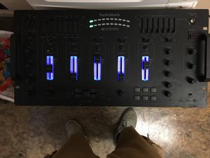 Radio Shack 4 Channel 8 Line DJ Stereo Mixer Sound Effects 32-118 Rack Mount