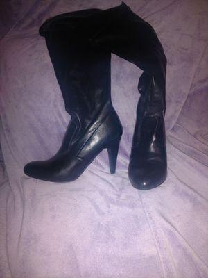 Size 11 black boots