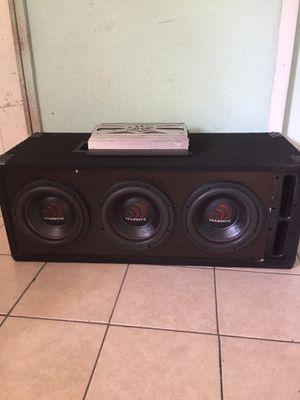 10s massive y amp soundstream 1000wx1 ch funciona bien si te interesan y quieres venir por ellas yo te las puedo probar