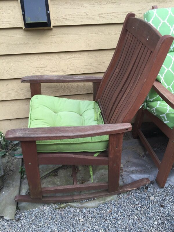 Teak chairs with pads furniture in edmonds wa offerup for Furniture edmonds wa