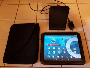 Hp touchpad with case and wireless charger, loaded with android 4.4 kitkat