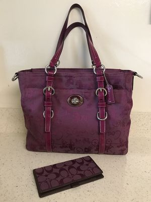 Coach purse and checkbook (Authentic)