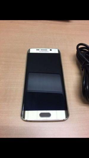 Samsung Galaxy S6 Edge - Factory Unlocked - Comes w/ Box + Accessories
