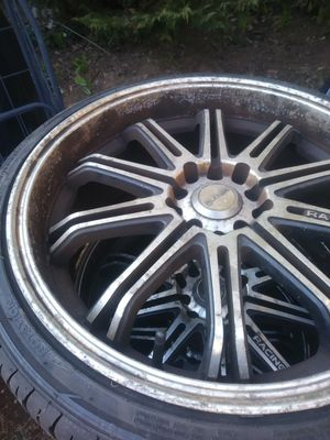 4 sets of rims. 5x100 and 5x114.3 universal