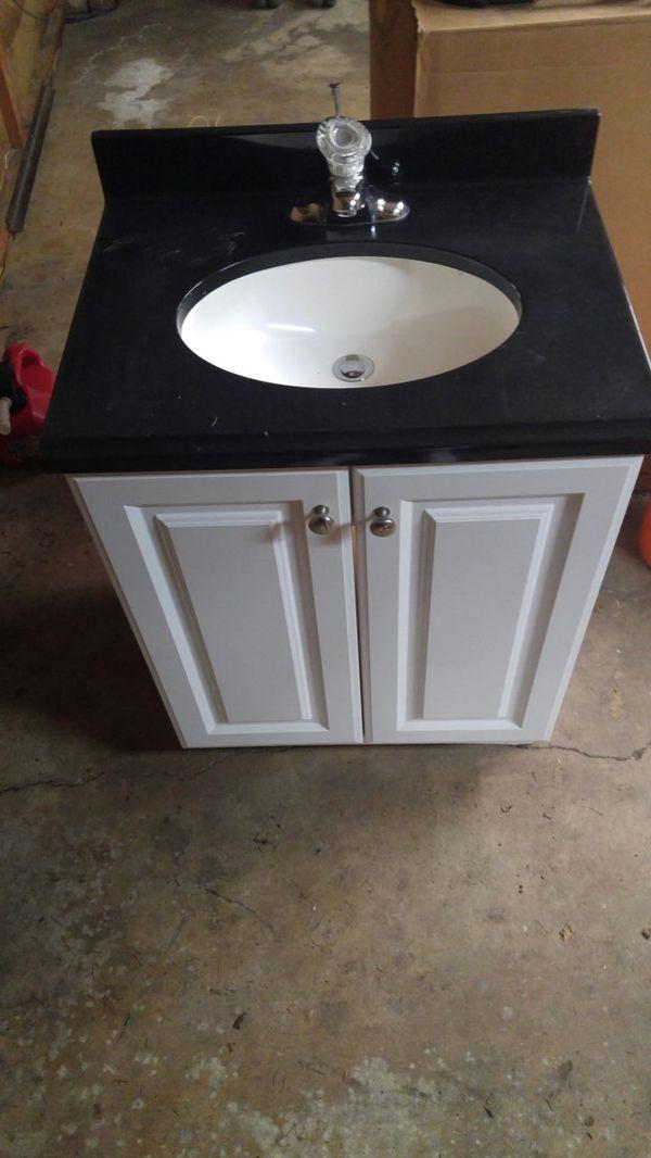 Moen Faucet And Vanity Appliances In Everett Wa Offerup