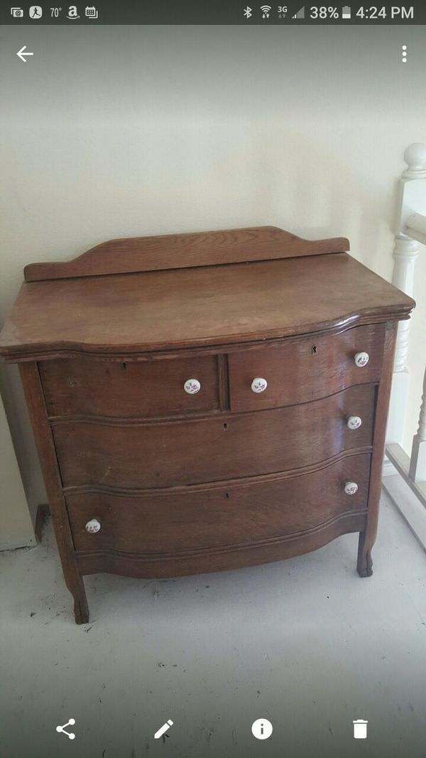 Antique Dresser Furniture In Arlington Wa Offerup