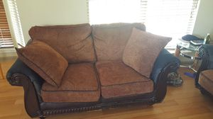 Sofa and Loveseat with 4 Pillows