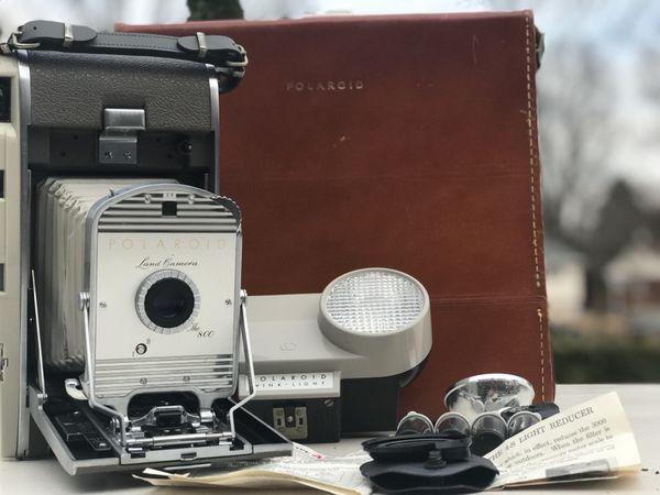 VINTAGE RARE Polaroid Land Camera The 800