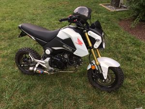 2015 honda grom 125cc !!! NEED to sell asap