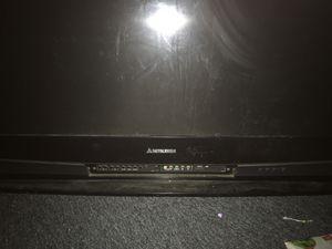 """60"""" Mitsubishi projection tv"""