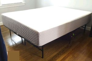 Queen mattress, queen bed