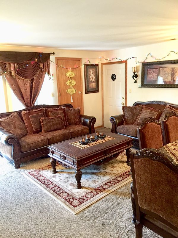 Ashley Living room and Dining room Set (Furniture) in Oak Lawn, IL