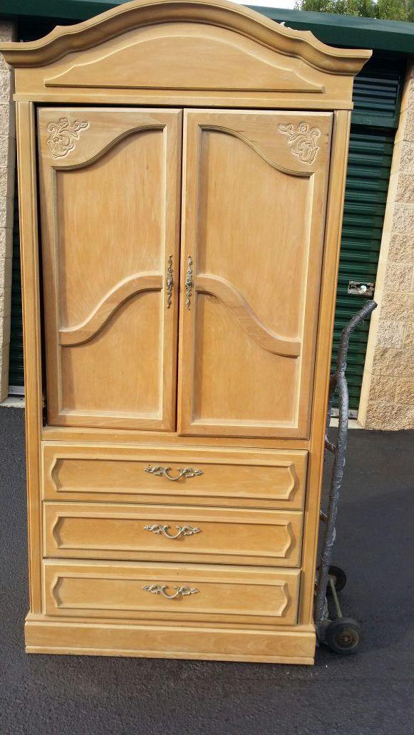 Armoire Furniture in Columbia SC ferUp