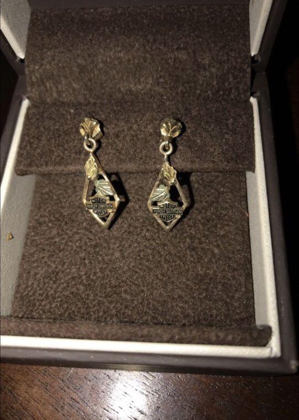 10kt Beverly Hills Gold HarleyDavidson dangle earrings Jewelry