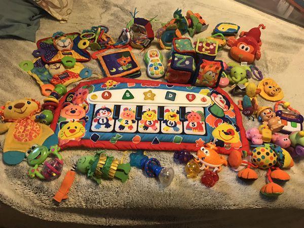 Baby Toys Crib Piano Car Seat Toys Baby Kids In Mesa Az Offerup