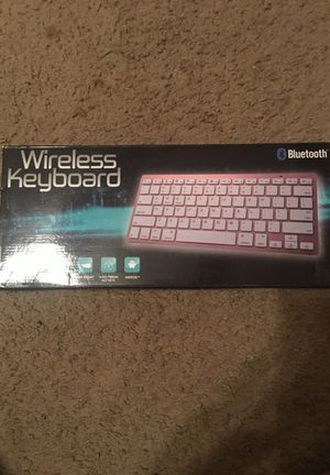 Wireless keyboard rose gold