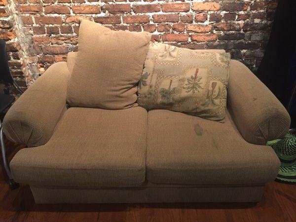 Free Couch Furniture In Orlando Fl Offerup