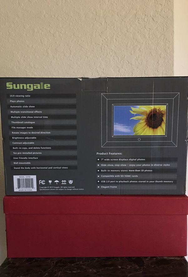 """Sungale 7"""" Digital photo frame . Model CA 705 (Photography) in Fort ..."""