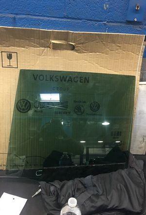 Tiguan Rear passenger window