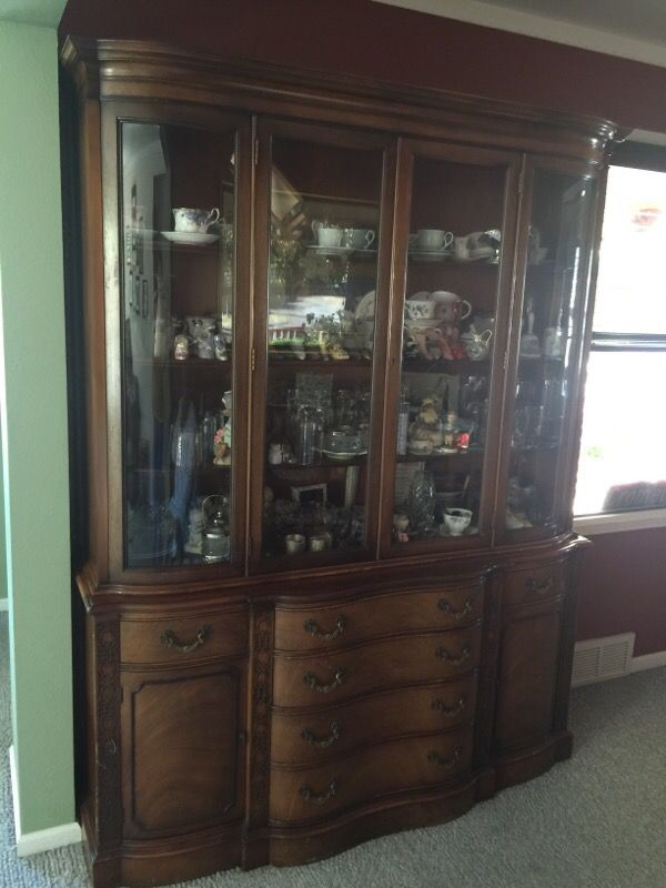 Two Piece Hutch Furniture In Seattle Wa Offerup