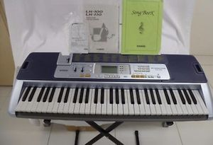 Casio LK-110 Keyboard with stand