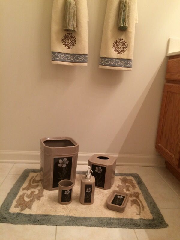 Bathroom decor set 5 items household in bloomingdale for C bhogilal bathroom accessories