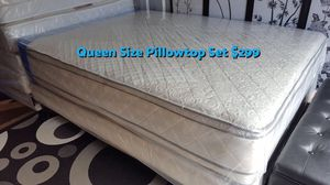 Brand new queen size pillowtop mattress and box spring (president day discount)