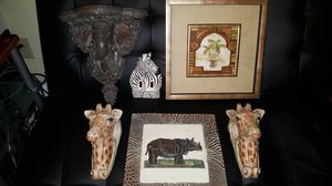 Beautiful African Hand Crafted Art Decor- VERY NICE