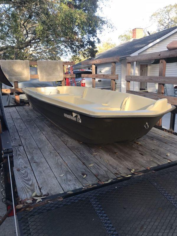 Sun dolphin 12 ft jon boat boats marine in myrtle for Sun dolphin fishing boat