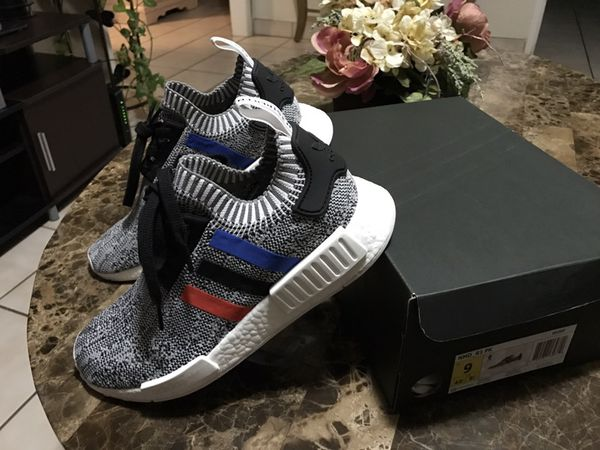 Adidas Nmd R1 Gum Pack White Sz 9 (Clothing & Shoes) in San Jose