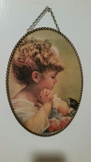 Little girl with bird pic with chain frame