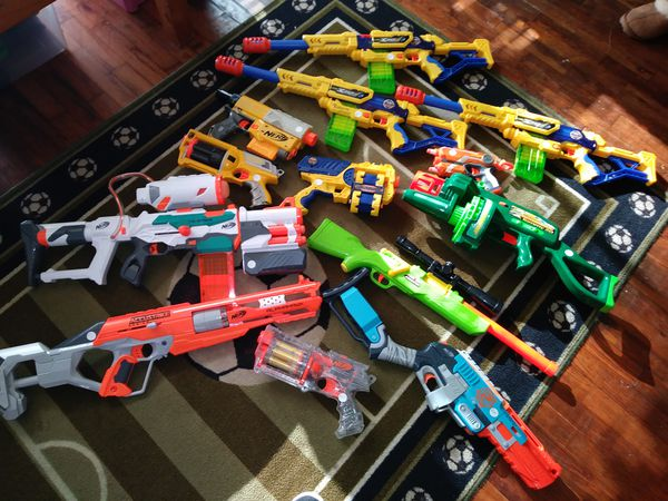 11 nerf guns lot 6 complete in 2nd pic other missing mags or bullets in 3rd  pic or some bullets $175 or sell individually text {contact info removed}  (Games ...