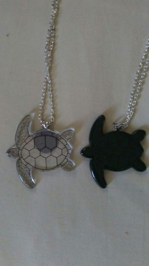 Glass handmade Turtles necklaces