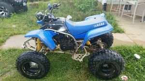 1998 yamaha blaster 200cc it has boyesen power reeds starts quickly it could use some tires and has a little tear in the seat
