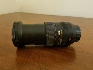 Long-Range Nikon Lens AF-S Nikkor 18-200mm F/1:35 - 5.6 G ED